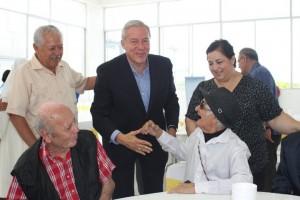 Fernando-Guzman-saludo