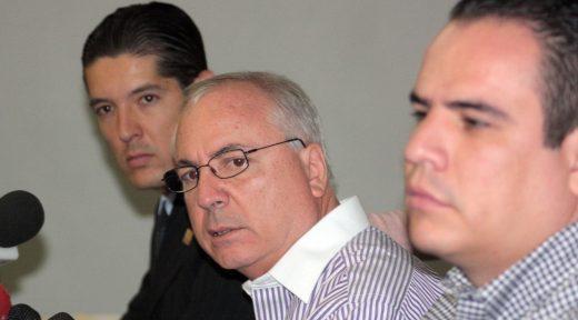 Guillermo Mtz Mora, Bernardo y Omar Barba