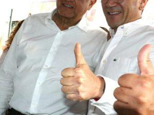 Abraham González Uyeda y AMLO